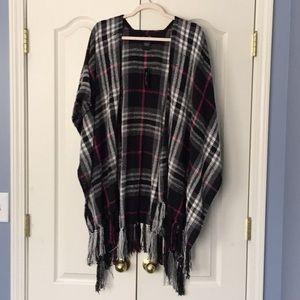 Marcus Adler Accessories - NWT plaid wrap/ shawl- super soft.